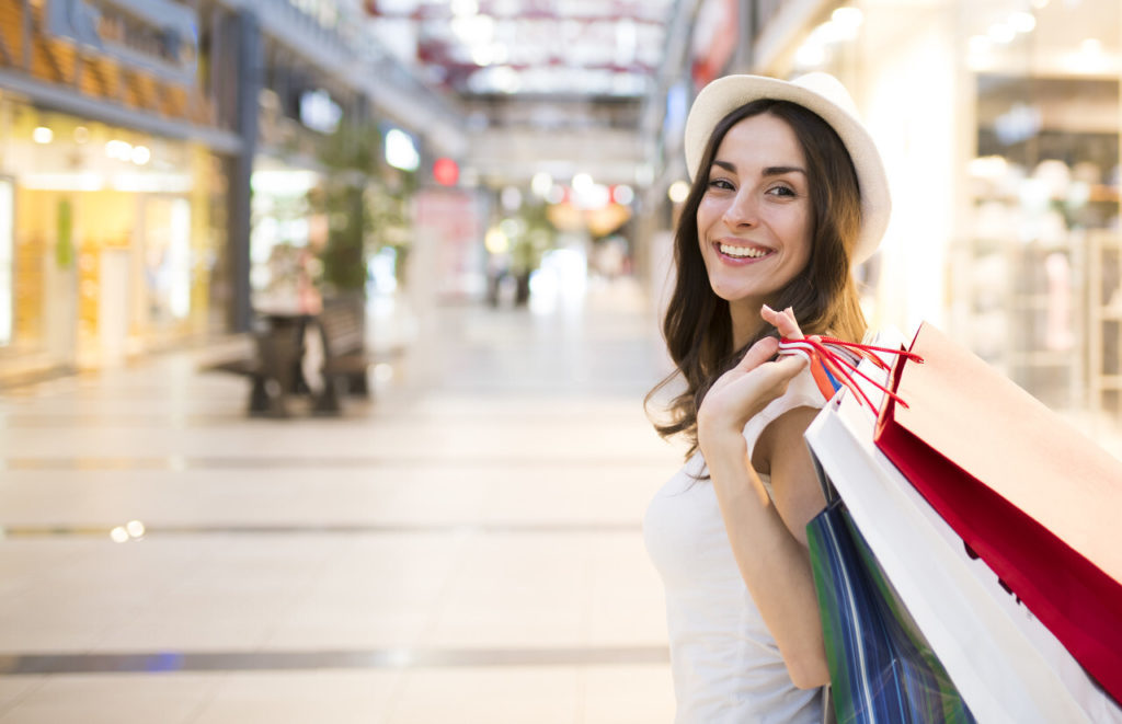 Stovalls-Hotels-Shopping-at-The-Outlets-at-Orange
